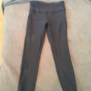 New Balance NWOT Black yoga pants size small